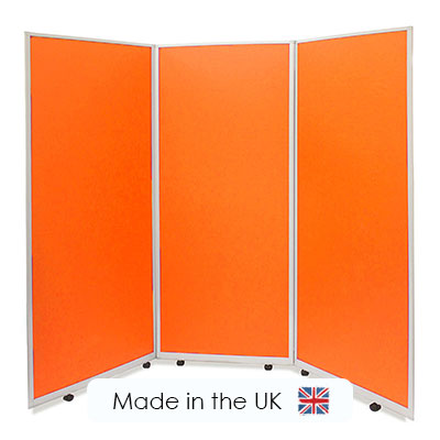 portable social distancing screens, manufactured by Go Displays